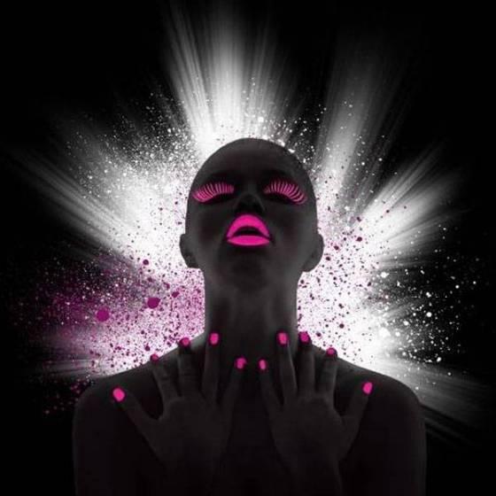 Esmalte uñas flúor UV
